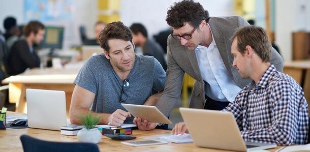 Top 4 nghề lương cao trong ngành công nghệ thông tin Top 4 nghề lương cao trong ngành công nghệ thông tin